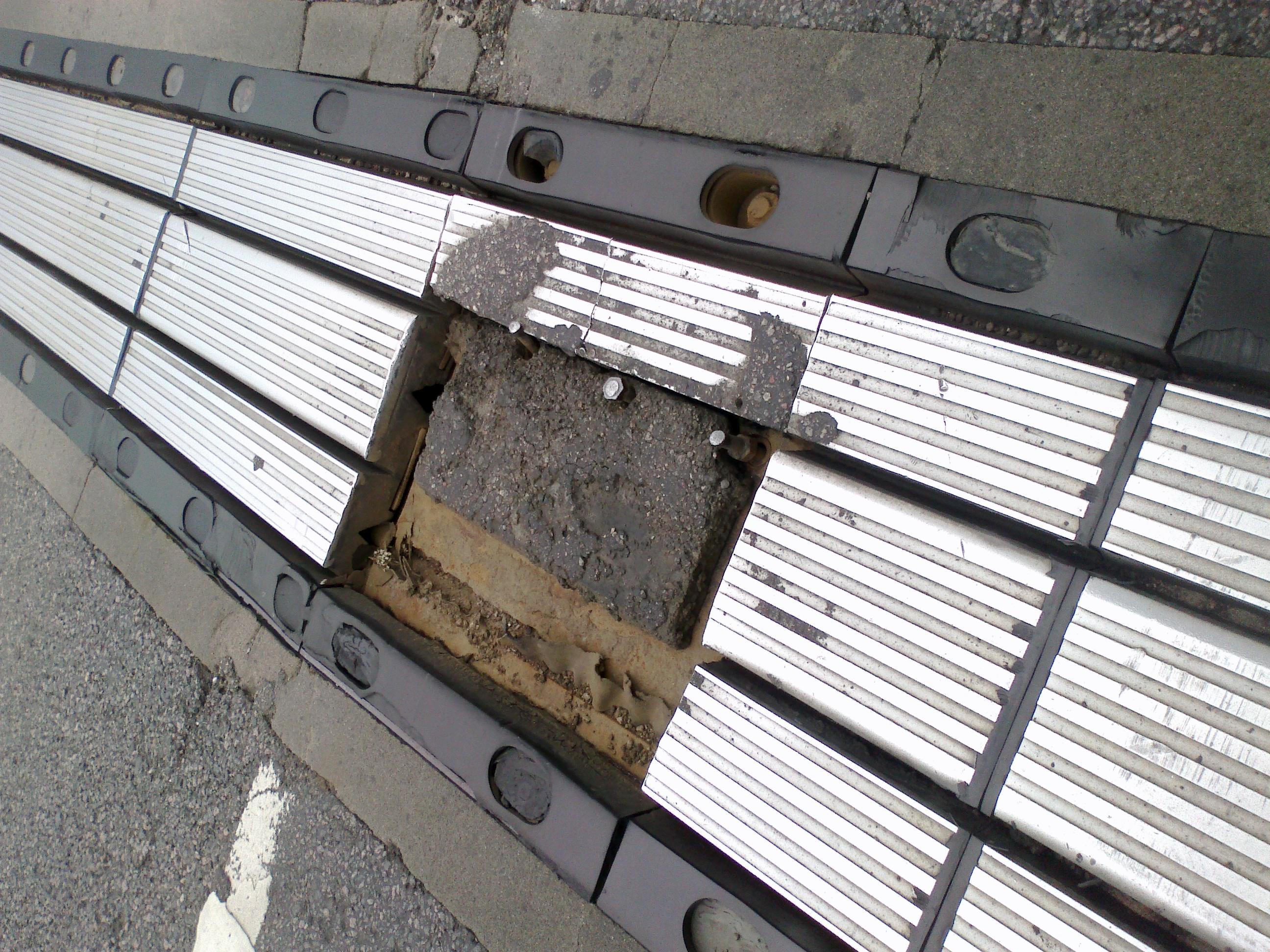 Ant tilto per Kurmežerį, vairuotojų tyko pavojus!