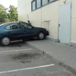 """Į Pagėgių """"Norfą"""" įvažiavo automobilis"""