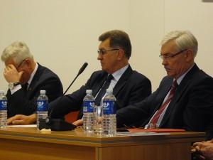 """Aukščiausi Lietuvos vadovai bandė pakelti P.Petrošiaus """"markę"""""""