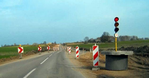 Kulautuvos ir Kaunas-Jurbarkas kelių tvarkymas vairuotojams sukelia daug nepatogumų