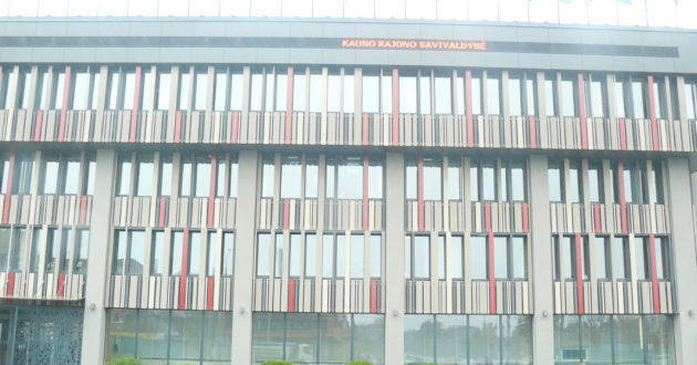 Už daugiau nei 1,5 mln. eurų atsinaujinęs Kauno rajono savivaldybės pastatas puoš Kauno miestą.