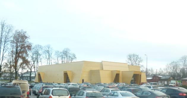 Jurbarke susirinko karate meistrai, miestas priėmė daugiau nei 500 svečių