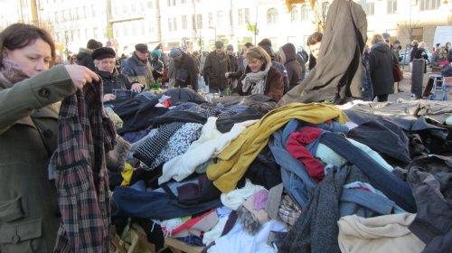 D.Jančaras:  panaudoti rūbai, daiktai ir žmonės mokantys rinkliavą