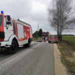 Ūkininkas Kauno rajone patręšė naują asfaltą, gali tekt susimokėti