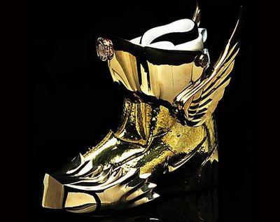 """Auksinė formulė- """"Nota Bene"""" kariuomenei prekių pardavė daugiau nei už 10 mln. Eur.(batų istorija)"""