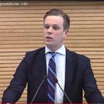 """G.Landsbergiui Seimo atleisti nepavyko, Puteikis ta proga pasinaudojo """"pasveikinti"""" TS-LKD"""