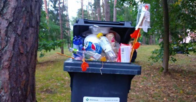 """Bardų festivalyje Kulautuvoje pilni konteineriai """"depozito"""""""