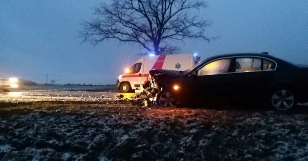 Netoli Kėdainių kaktomuša- BMW trenkėsi į Opelį(foto-video)