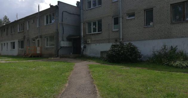 Administruojamus daugiabučius remontuoti be gyventojų sutikimo pradėjęs administratorius Kauno rajone gavo skaudžią pamoką